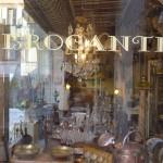 Brocante_ Vitrine_Grasse