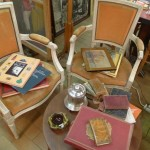 Brocante_Grasse_chaises_Invitart