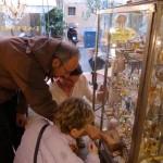 Brocante_vitrines_Grasse-invitart