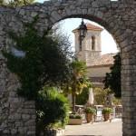vieux-chateau_Eingang_invitart