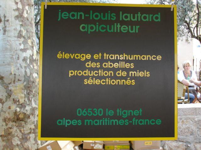 frankreich ort gras