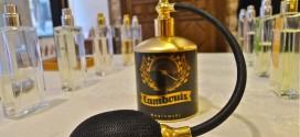 Parfumeur_Invitart